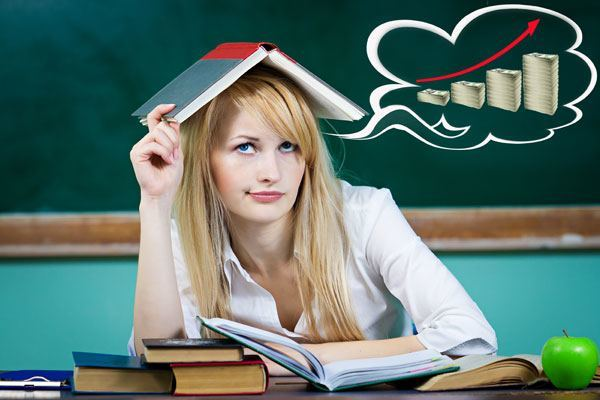 student thinking about her debt consolidation loan
